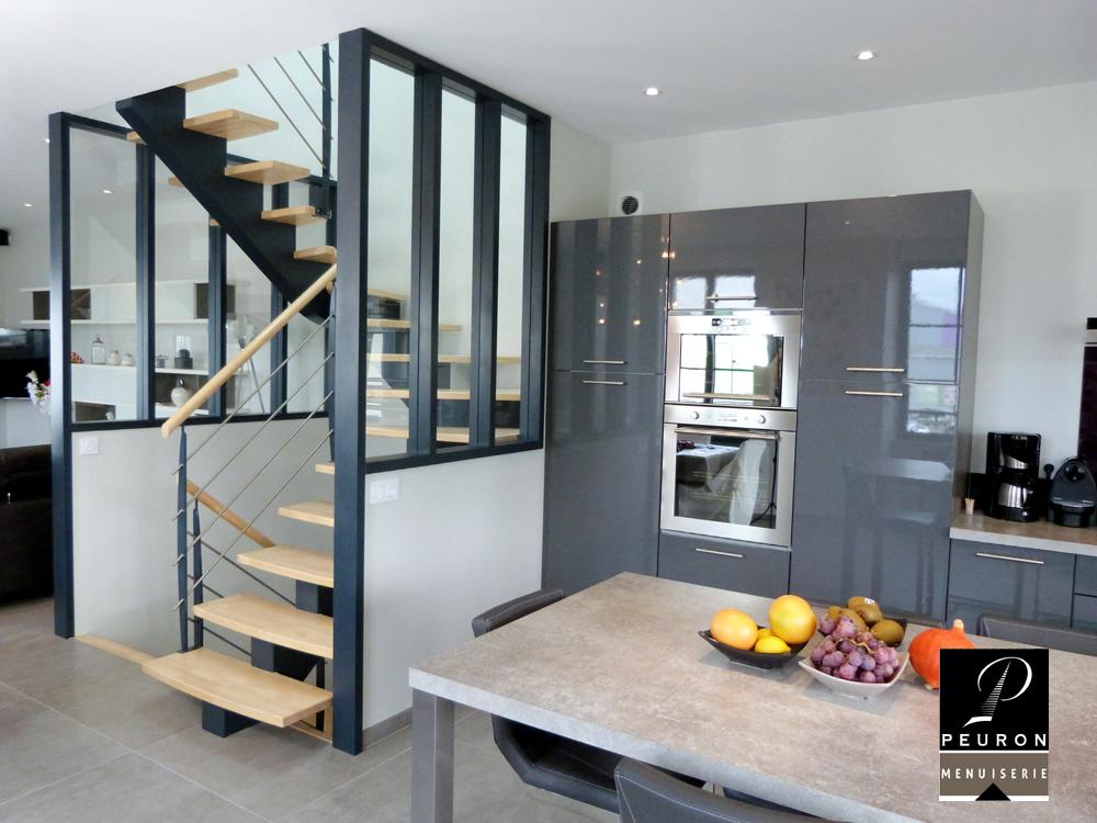 fabricant d'escaliers bois métal sur vannes Pontivy baud escalier, verrière, main courante, hévéa, acier galbé