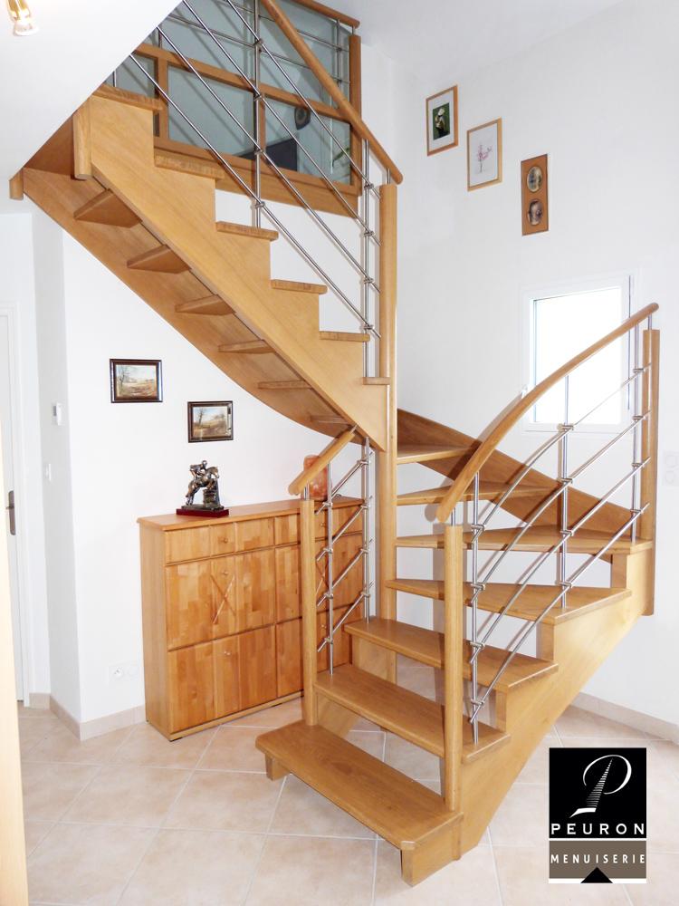 Fabrication et pose d'un escalier en chêne, gamme