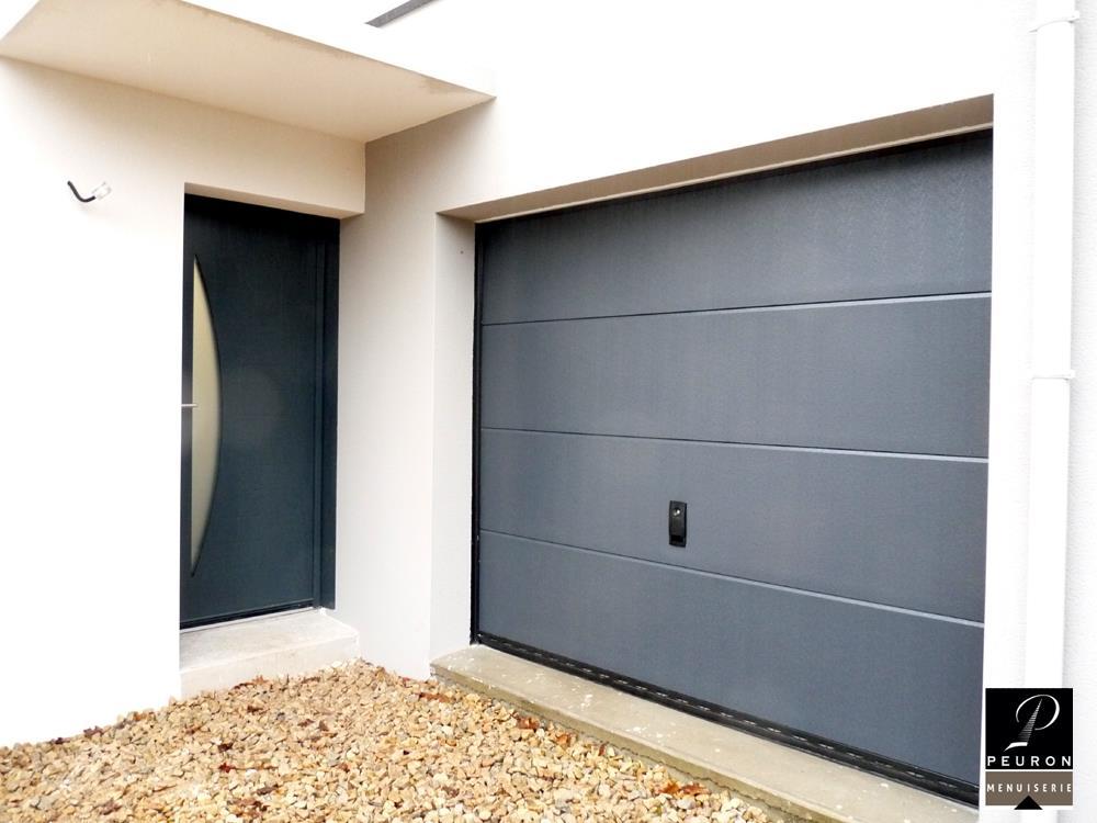 Fabrication et pose de portail de garage.