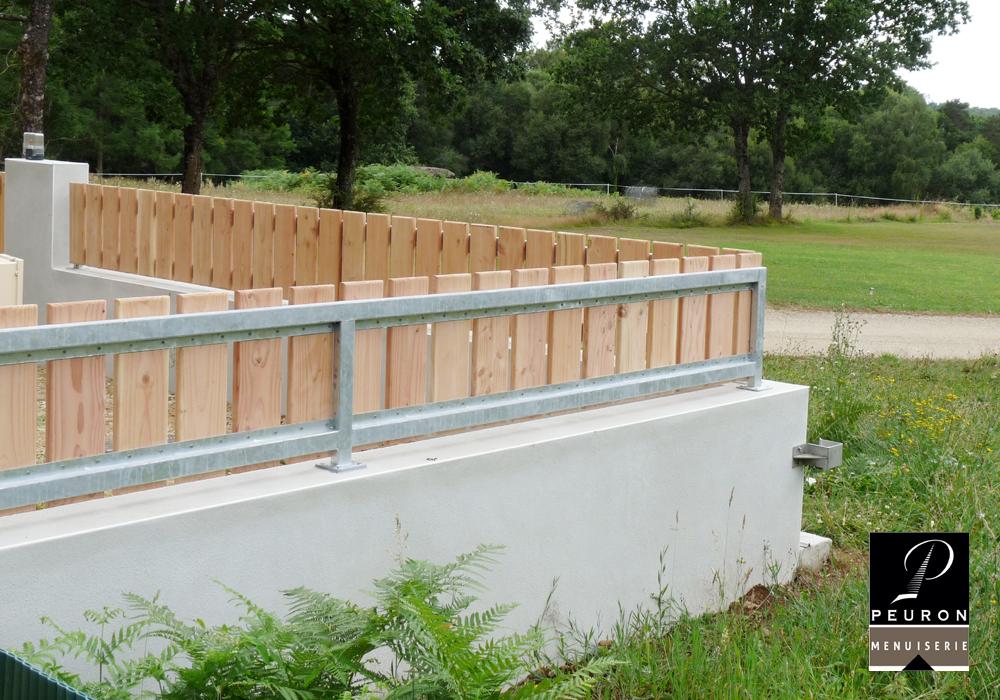 Fabrication et pose de clôture en bois